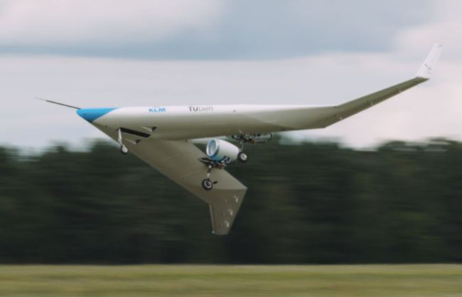 The flight tests of the Flying-V produced encouraging results  -  photos: Delft University