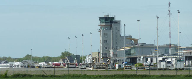 Plenty of equipment but no aircraft in sight at Belgium's Ostend-Bruges Airport  -  photos: private