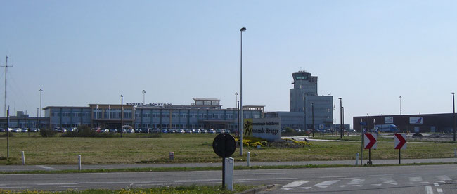 Unclear ground handling situation at Ostend-Bruges Airport  -  photo ms