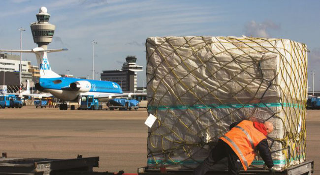 "AMS is governed by an ""unholy trinity,"" cargo experts complain  -  image: Schiphol Group"