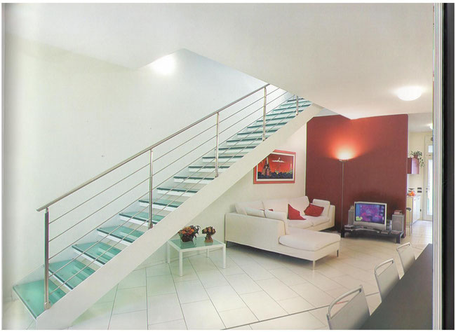 Escaleras metalicas en vera garrucha mojacar escaleras - Peldanos de marmol ...