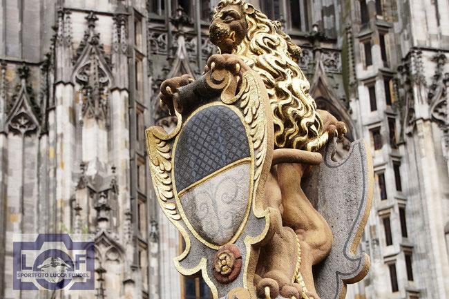 Der Löwenbrunnen auf dem Münsterplatz.
