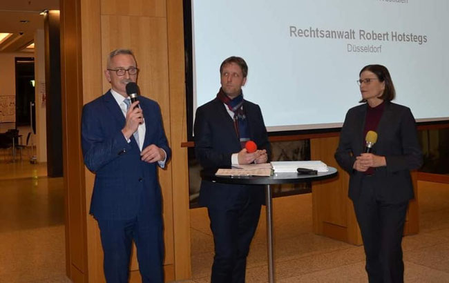v.l. Dr. Werner Pfeil MdL, RA Robert Hotstegs und Dr. Ricarda Brandts