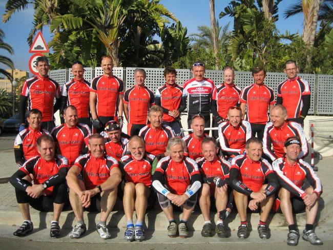 Mannschaftsfoto in Mallorca (sArenal)