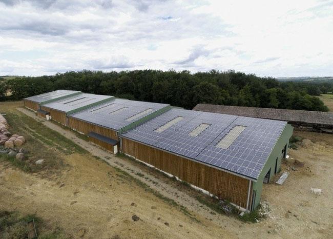 hangar gratuit grâce au photovoltaïque ou solaire clé en main gers