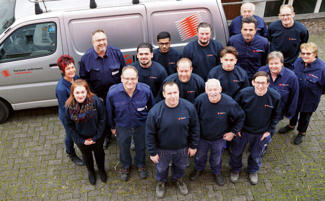 Die Crew der Franz Rebmann AG in Kaisten mit Inhaber Roger und  Marianne Rebmann (2. Reihe oben links) ist für das Jahr 2018 gewappnet.