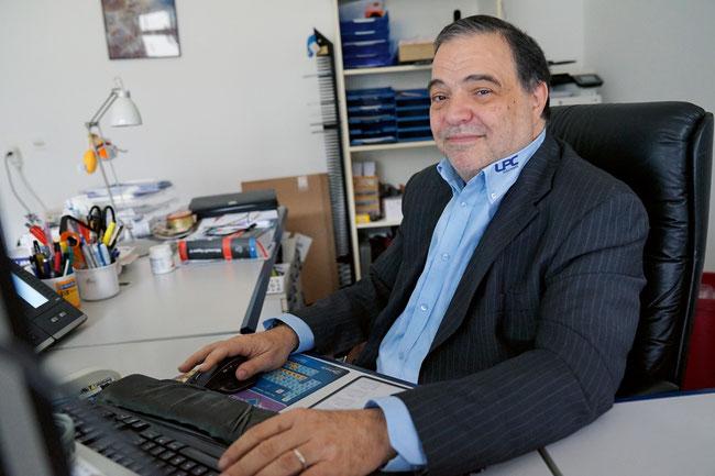 Vierzig Jahre geballtes Informatikwissen: LPC-Inhaber und Geschäftsführer Luigi Mazzucchelli in Eiken.