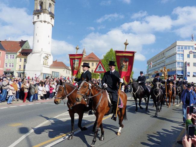 Sorbische Ostern in der Lausitz und Roermond in Holland gehören zu den attraktiven Reisezielen von felix-Reisen im 15-Jahr-Jubiläumsjahr 2018.