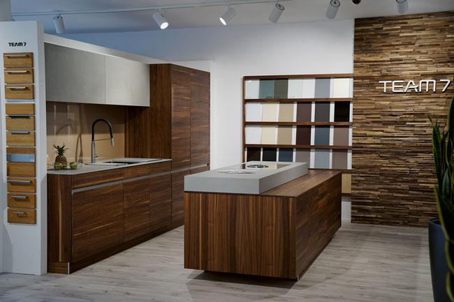 Die Küchenausstellung von Liebi + Schmid zeigt eine beeindruckende Vielfalt an Möglichkeiten.