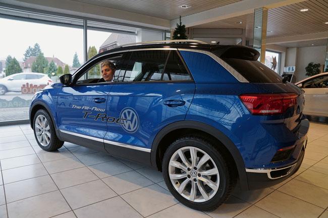 Stephan Leimgruber im neuen T-Roc, der am  19./20. Januar 2018 Probe gefahren werden kann.