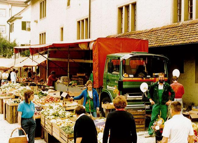 Der Gemüsestand der Familie Rämi von 1978.