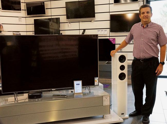 Roland Obrist von der Radio TV Obrist AG versteht sich als Dienstleister und Problemlöser.