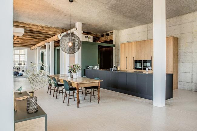 Der architektonisch ansprechende komplette Loft-Ausbau der Spinnerei III in Windisch durch die Schreinerei Weiss GmbH in Sulz.