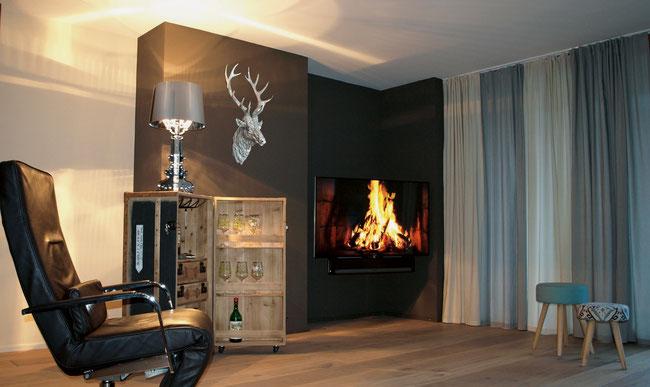 Das «Wohn Ambiente» schafft mit abgestimmten Farbtönen und Einrichtungsstoffen das Gefühl von Wohlfühlatmosphäre.