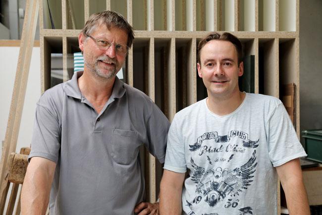 «Wir lieben Holz und Glas»: Martin Jäggi und Stephan Bärenwaldt in Oeschgen.