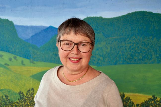 Pflegefachfrau Christine Holliger weiss um die heilende Wirkung des Lachens in ihren Lachyoga-Kursen in Frick.