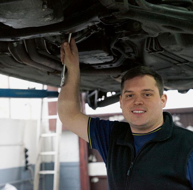 Garagist Joel Müller in Wittnau sucht stets nach der besten Lösung zum günstigsten Preis.