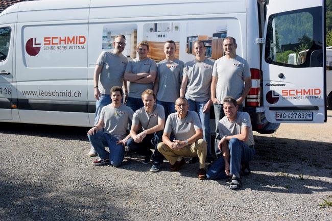 Auf Termintreue bedacht: die Crew der Schreinerei Leo Schmid AG Wittnau mit Inhaber Roman Schmid (links hinten).