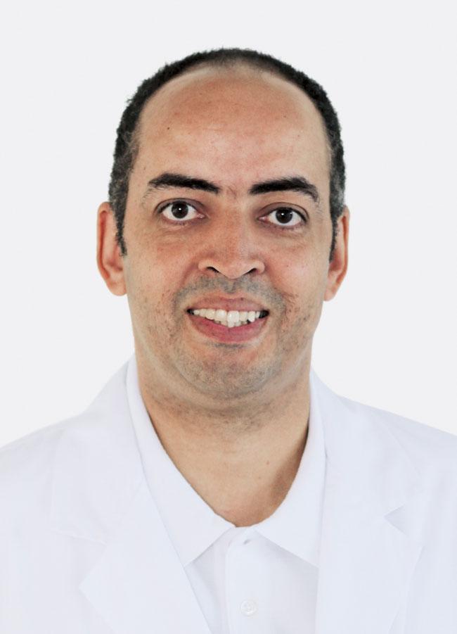 David Ebersbach ist Facharzt für Allgemeine Innere Medizin FMH und als Oberarzt Akutgeriatrie am GZF tätig.