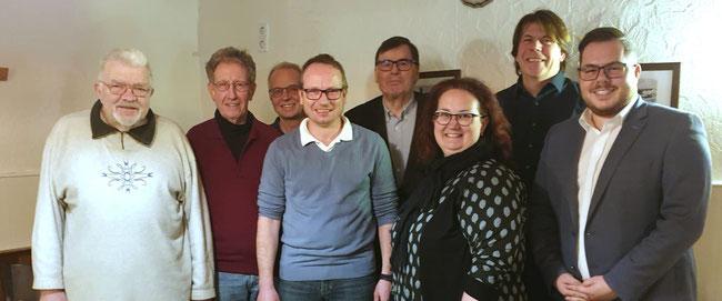 (v.l.n.r.) Herbert Rühlemann, Dr. Peter Schib, Dr. Ulrich Staedt, Silvio Härtling, Peter Bopp, Carmen Kurz-Ketterer, Holger Höfs und Denis Müller. Es fehlt: Frank Schmeckenbecher.