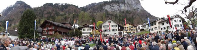 Näfelser Fahrt - 3. April 2014 - schönster Gemeinschaftsanlass von Regierung und Volk neben der Landsgemeinde.