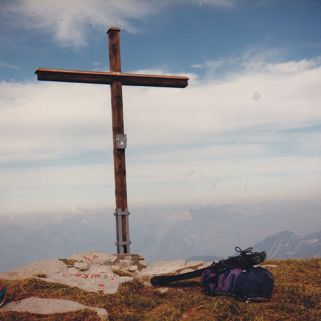 Gipfelkreuz auf dem Rautispitz 2283 m ü M.