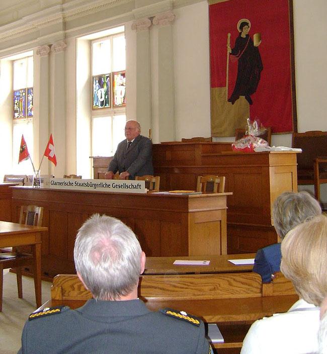Minister Dr. Norbert Blüm spricht.