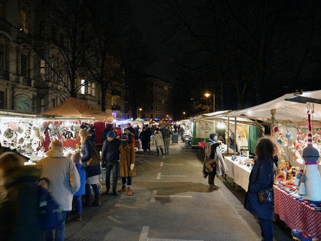 Adventsökomarkt am Kollwitzplatz Berlin Prenzlauer Berg