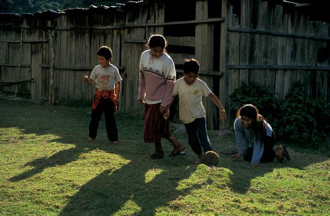 Bolivien, Ocara, Schule, Fussball, Goldgräber