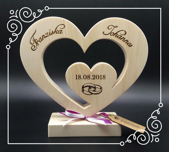 Originelles und ausgefallenes Geschenk zur Hochzeit, Geschenkidee aus Zirben Holz