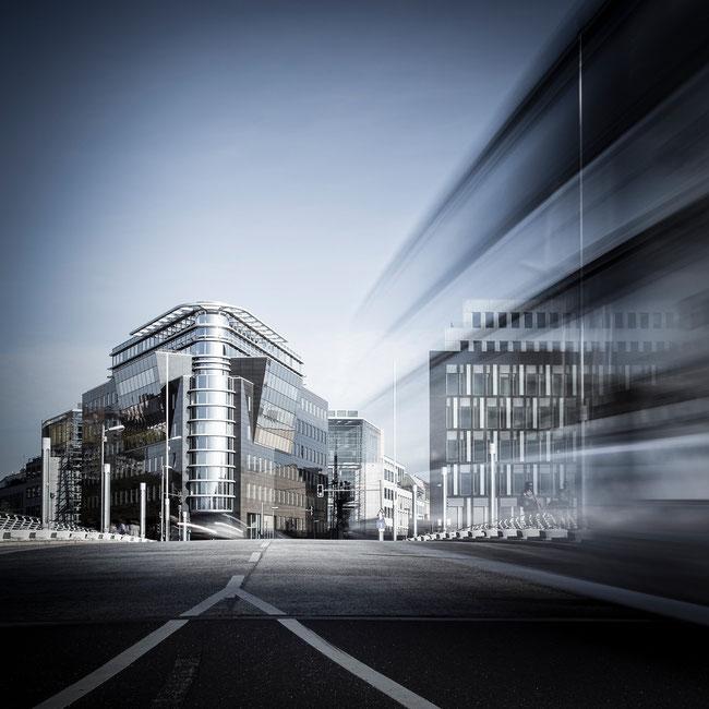 Berlin Bus 2 (Copyright Martin Schmidt, Fotograf für Schwarz-Weiß Fine-Art Architektur- und Landschaftsfotografie aus Nürnberg)