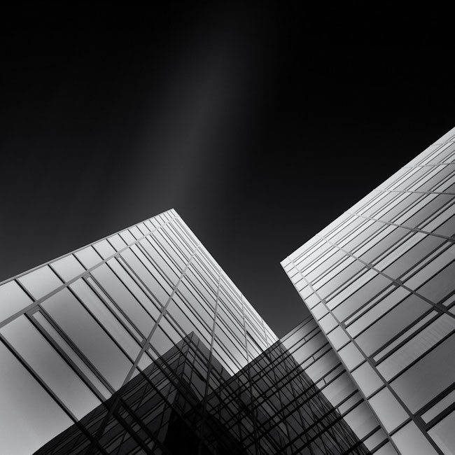 Light on Glass (Copyright Martin Schmidt)