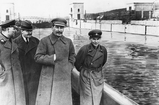 Ворошилов, Молотов, Сталин, Николай Ежов - рост 151см