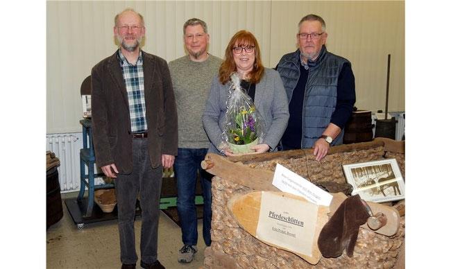 Der neue Vorstand mit Karl Hampel (v. re.), Kerstin Lange, Nico Wagnitz und Andreas Held. Fotos: la