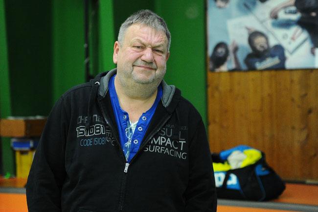 Aushilfs-Coach Klaus Meinberger übernimmt das Training