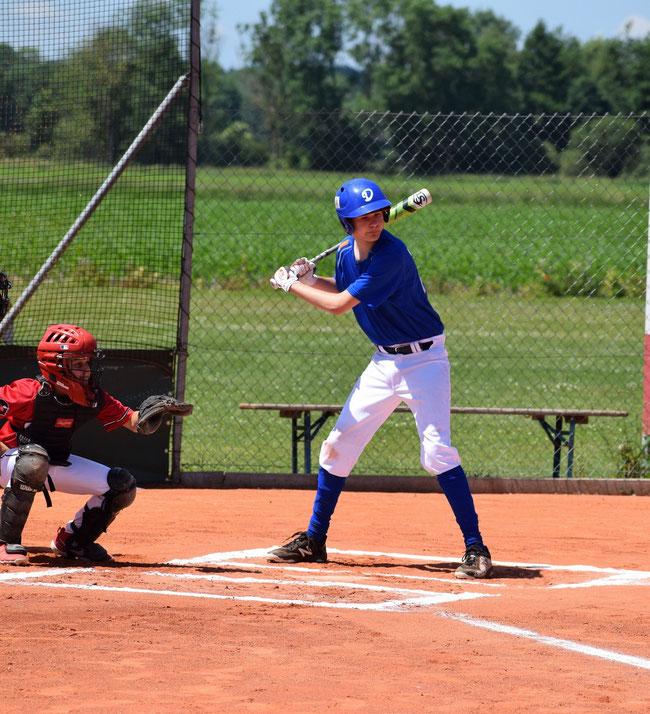 Einen Grand Slam Homerun auf den Schläger zu bekommen ist der Traum aller Baseballer: Nils Pickert gelang in Grünwald. - Foto: Ralf Plinninger
