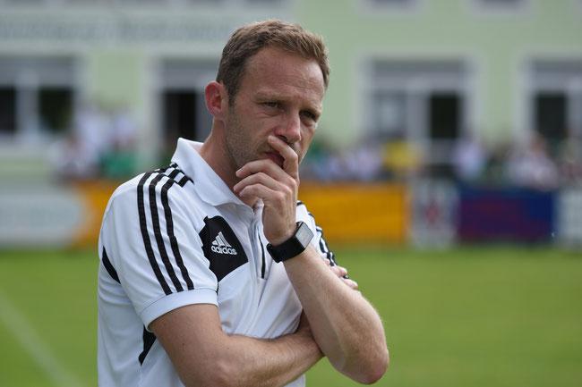 Eine schwierige Saison für die Niederalteicher mit Trainer Tobias Stadler
