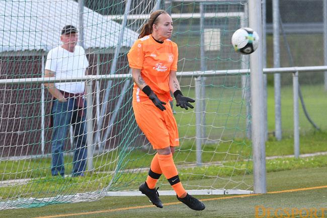 Starke Leistung in ihrem ersten Saisonspiel: Torfrau Katharina Hatzl