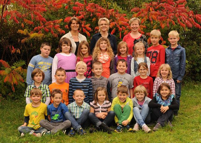 Schuljahr 2014/15 Fotostudio Kern, Unterweissenbach