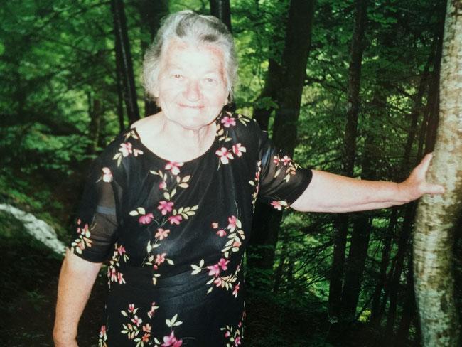 Christa Marianne Stein, geb. Scholz, * 28.02.1928 in Sandwaldau (Niederschlesien), † 19.08.2003 in Neufahrn