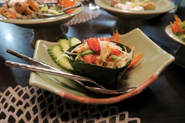 White Elephant Mariott Hotel in Zürich Switzerland thailändische Küche  papaya salat