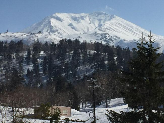3月29日の旭岳 杜季の窓から