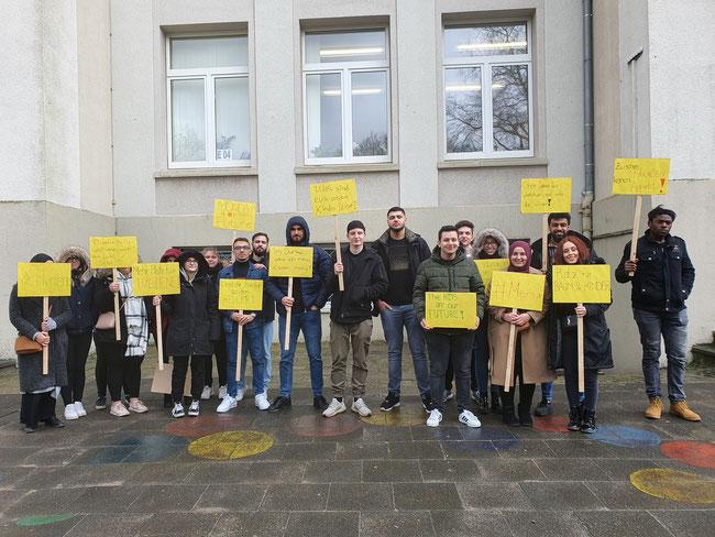 Schülerinnen und Schüler des Sowi-Kurses der Käthe-Kollwitz-Schule