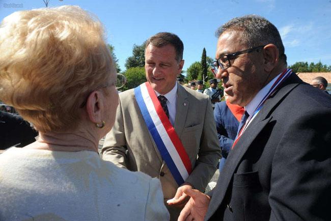 André Azni en compagnie de Louis Aliot du RN - CRÉDIT PHOTO : PHOTO ANDRÉ DOSSAT