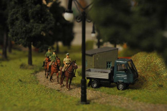 Berittene Beamte sorgen auch in unseren Parkanlagen für Ihre Sicherheit.