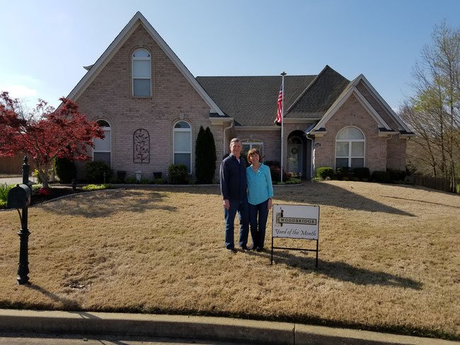 Woodbridge Yard of the Month for April 2018 - Congrats to Glenn and Diane Campbell at 4332 Canabridge Cove