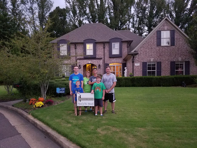 Woodbridge September 2017 Yard of the Month - Congrats to the Mans' at 9292 Canabridge Drive. Their yard is the first official yard of the month in our subdivision!