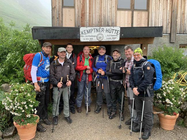 Von links: Andreas Ell, Uwe Roessler, Walter Sommer, Bernd Rösch, Rainer Link, Ralf Zentner, Thomas Rutschmann, Stefan Hambrecht