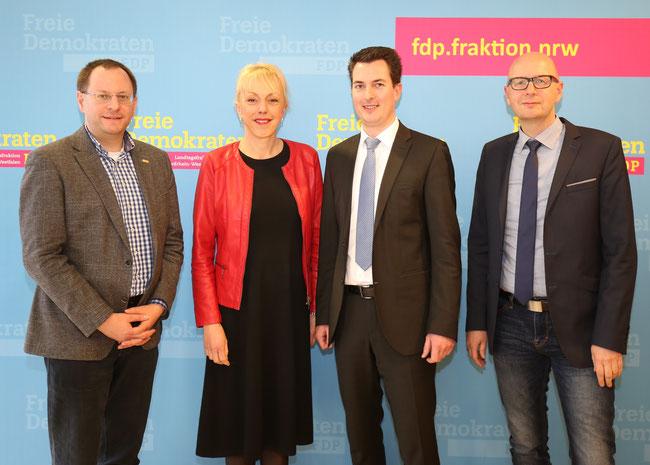 von links nach rechts: Felix Haltt (persönlicher Referent von Susanne Schneider), Susanne Schneider MdL, Holger Töppel, Andreas Kaiser