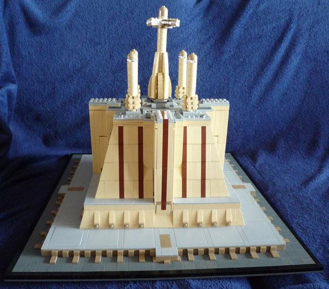 Lego Star Wars Jedi Temple in Architecture Style